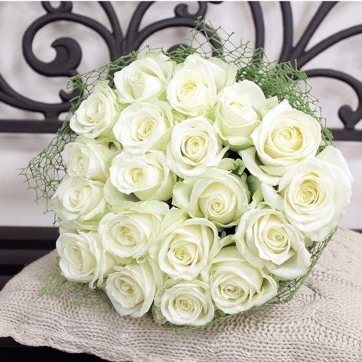 19 белых роз ️