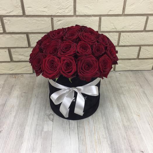 Коробка из 31 розы: букеты цветов на заказ Flowwow