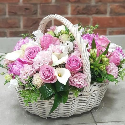 """Корзина """"Шикарная"""": букеты цветов на заказ Flowwow"""