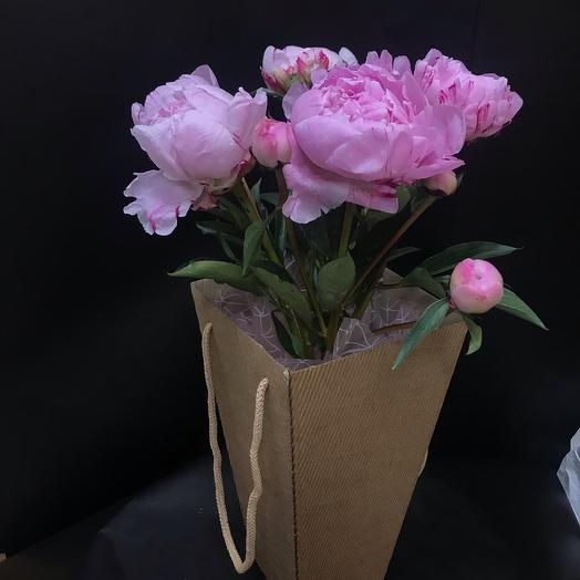 5 пионов в коробке: букеты цветов на заказ Flowwow