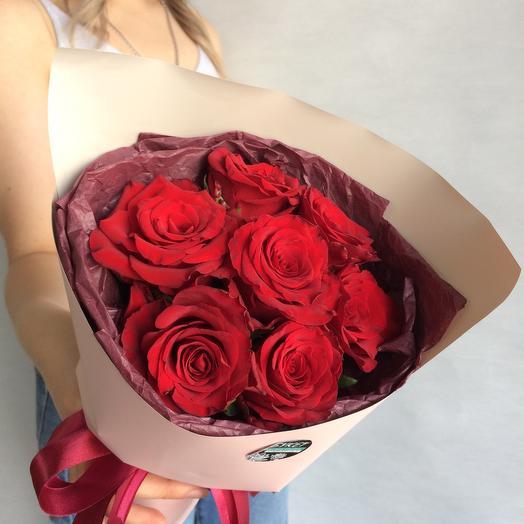 Моно из красных роз