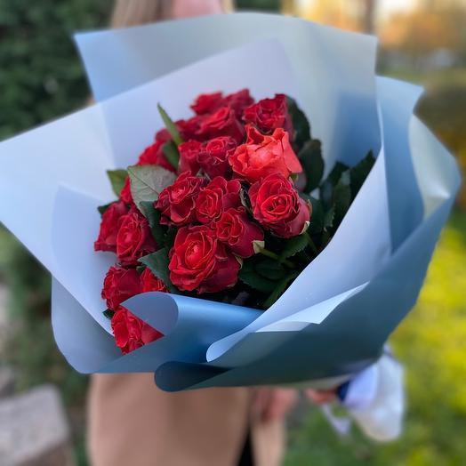 Букет красных роз «Still loving you