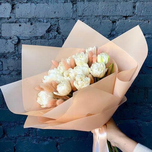 Тюльпаны сливочные на День матери