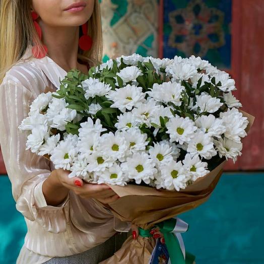 Букет из белых кустовых хризантем УТОНЧЕННОСТЬ 0104