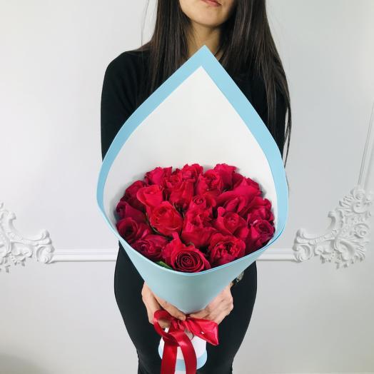 Букет из 19 красных роз Стиляга