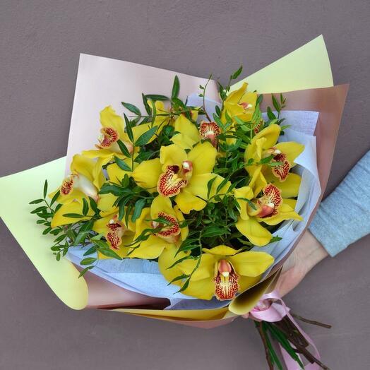 Орхидеи в зелени