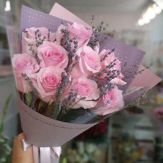 Розы и лавандин