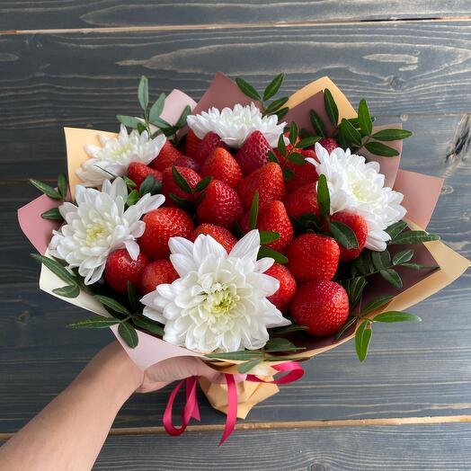 Клубника + хризантемы