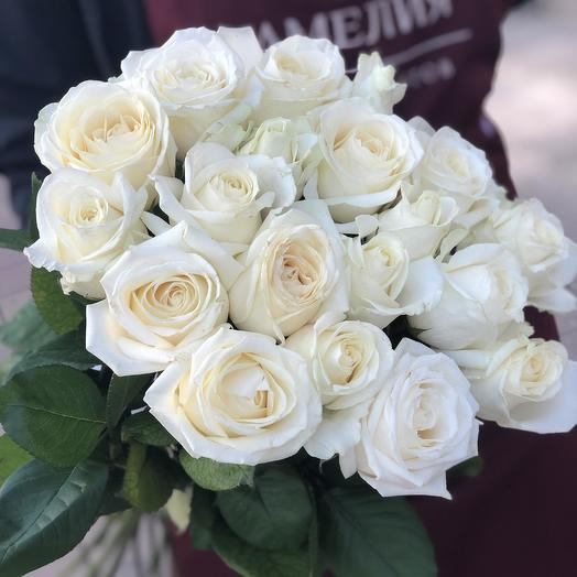 Букет из 19 белых роз 60 см: букеты цветов на заказ Flowwow