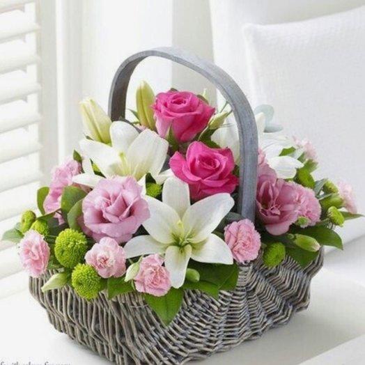 Корзина Морена: букеты цветов на заказ Flowwow