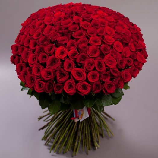 Большая любовь 151 роза: букеты цветов на заказ Flowwow