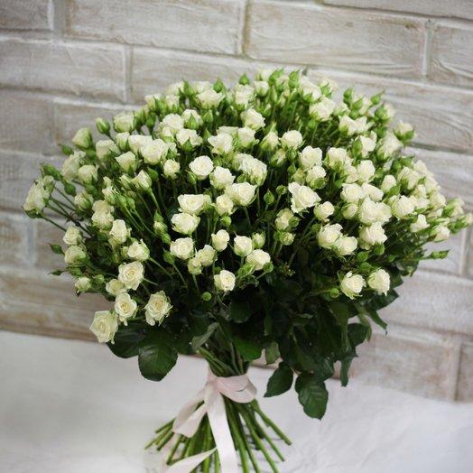 35 Кустовых роз Snowf ake 50см