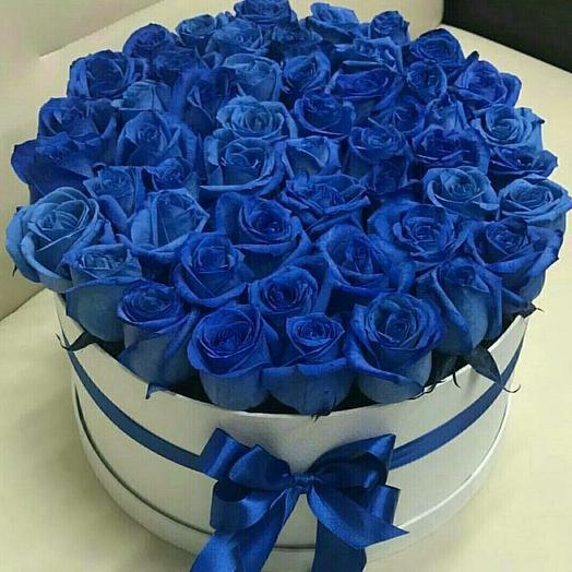 51 синяя роза в коробке: букеты цветов на заказ Flowwow