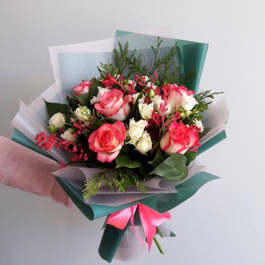 Букет, доставка цветов по тамани