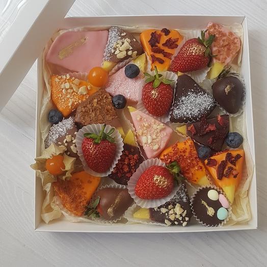 Коробочка сладкого счастья: букеты цветов на заказ Flowwow
