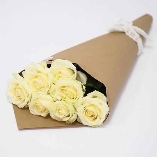 Букет из 7 роз в крафте: букеты цветов на заказ Flowwow
