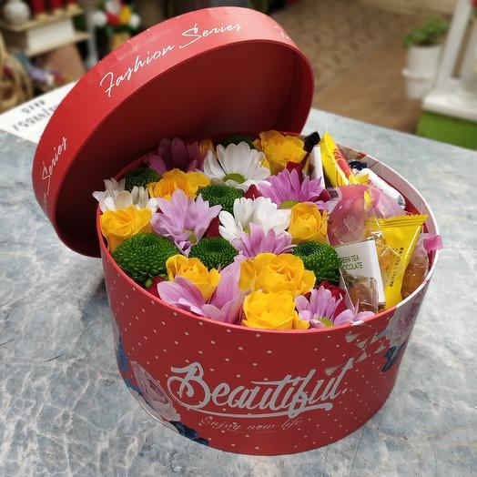 Коробочка с корейскими сладостями: букеты цветов на заказ Flowwow