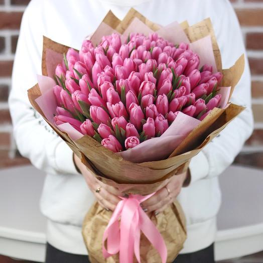 Букет из 99 розового тюльпана. N676: букеты цветов на заказ Flowwow
