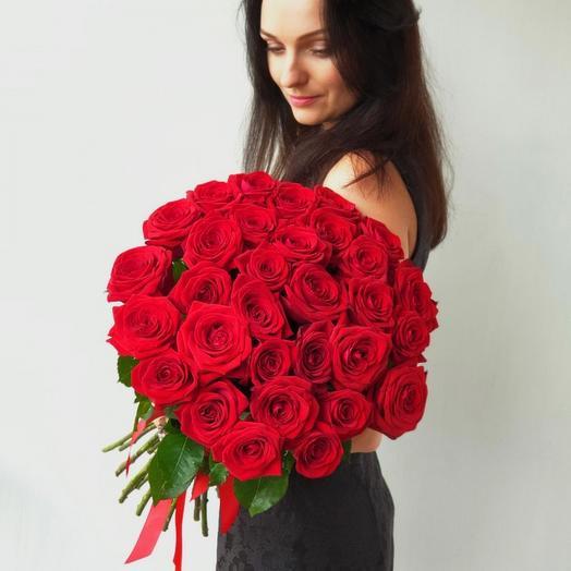 ✅ Букет 37 Красных роз под ленту