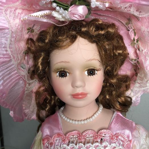 Керамическая кукла с зонтиком