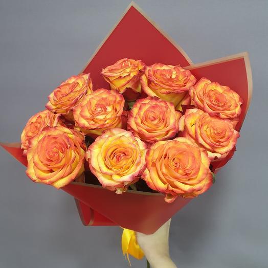 Букет 11 красно-оранжевых роз