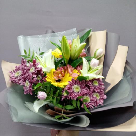 Букет с Лилией, герберой, тюльпанами, хризантемой