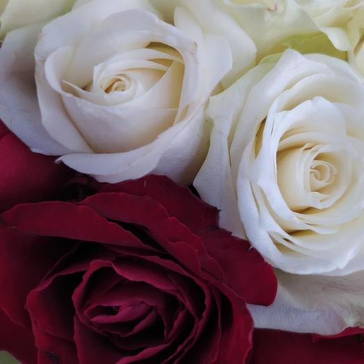 Кенийские розы в коробке сердце