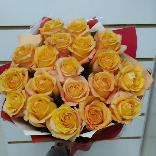 Монобукет из 19 роз Эквадор