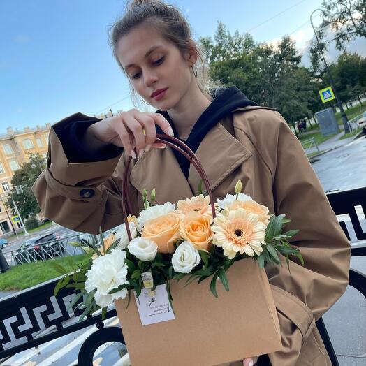 "Сумочка с цветами ""Питерская романтика"""