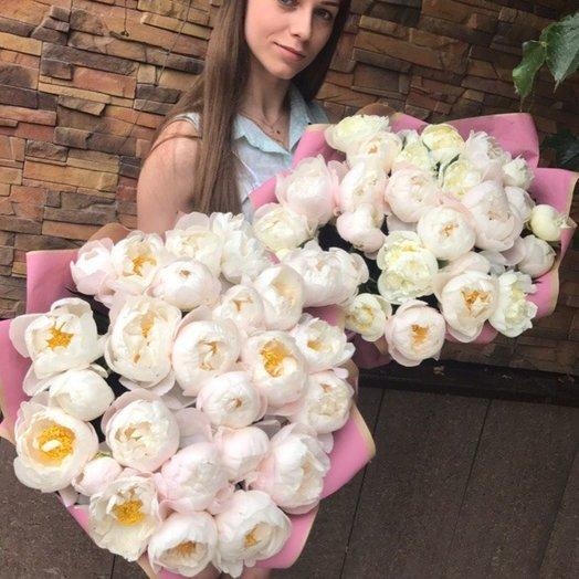 Пионы Восторг: букеты цветов на заказ Flowwow