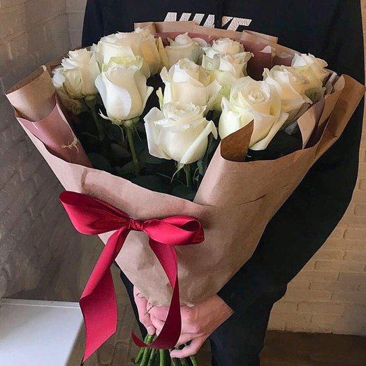 Букет из белых роз для любимых