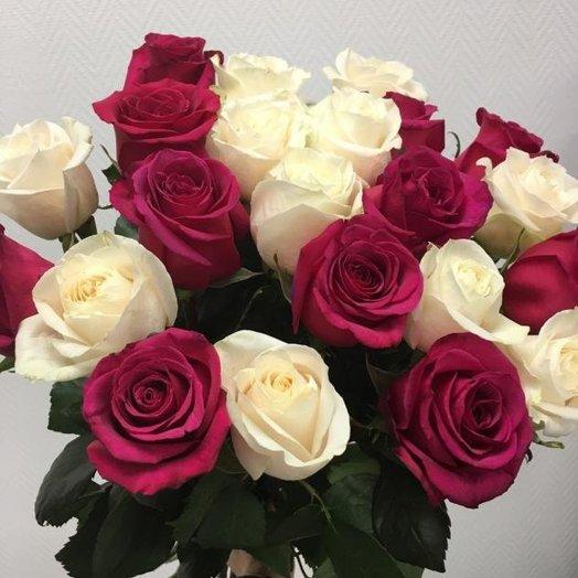 Букет из 23 эквадорских роз