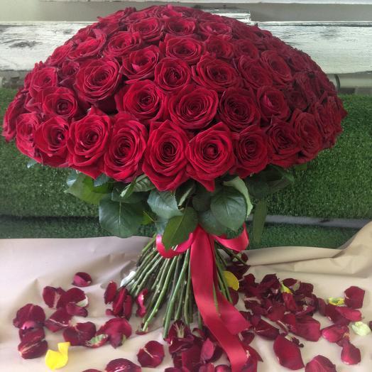 Шикарный букет благоухающих роз: букеты цветов на заказ Flowwow