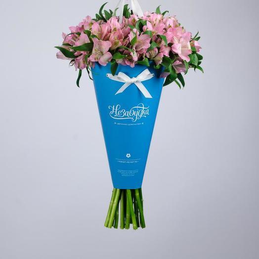 Альстромерия розовая в голубом конверте: букеты цветов на заказ Flowwow