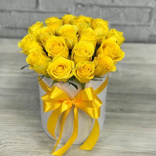 Коробки с цветами. Желтая роза. 19 шт. N248: букеты цветов на заказ Flowwow