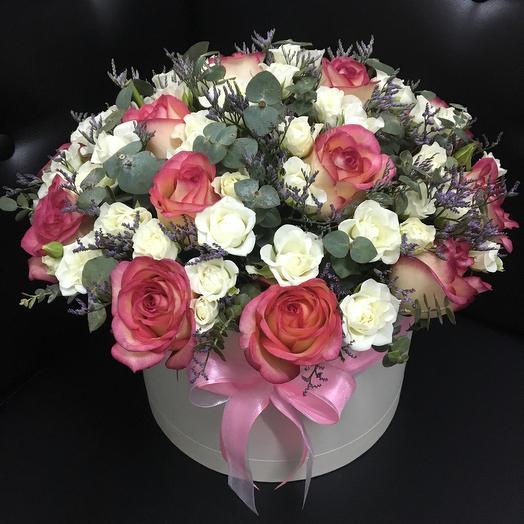 Коробка роз микс: букеты цветов на заказ Flowwow