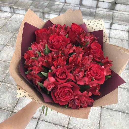 Красный бархат 2: букеты цветов на заказ Flowwow