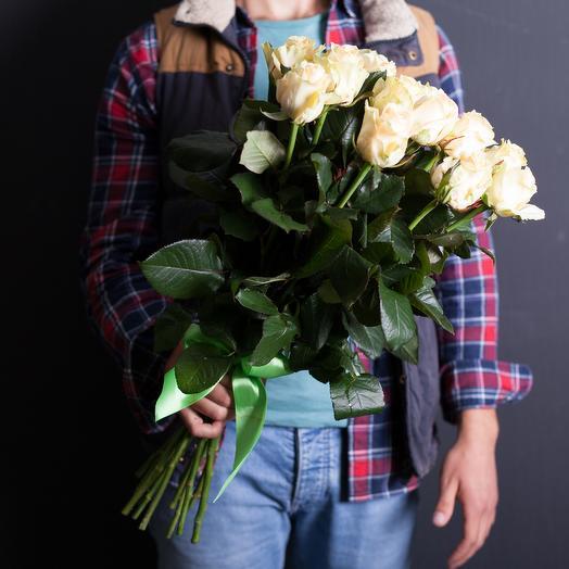 15 кремовых роз 50 см
