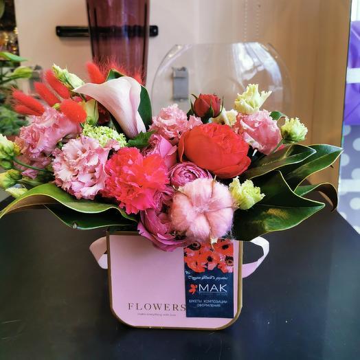 Каллы, розы и хлопок: букеты цветов на заказ Flowwow