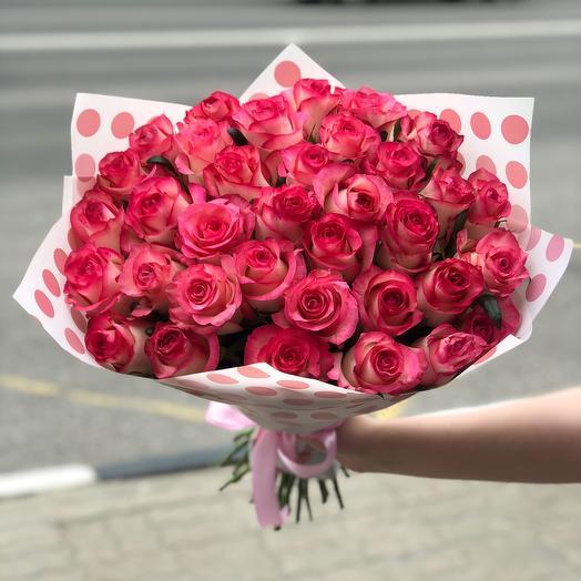 Букет из 35 роз с оформлением: букеты цветов на заказ Flowwow