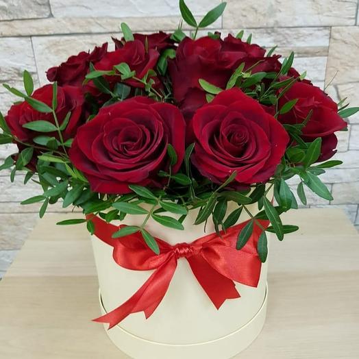 Цветы в коробке Роза с фисташкой