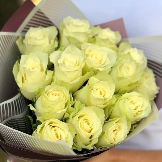 15 белых роз премиум 50 см