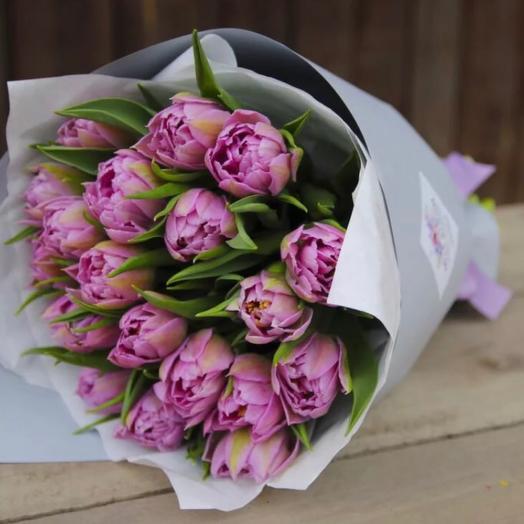 19 пионовидных Тюльпанов люкс