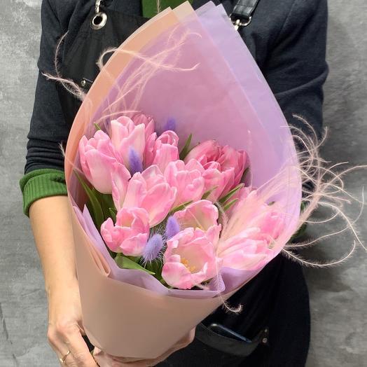 Букет из нежно розовых тюльпанов