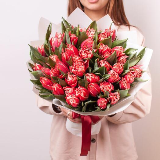 Монобукет из 49 пионовидных тюльпанов