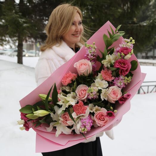 Букет Роз, Лилии и Альстромерии
