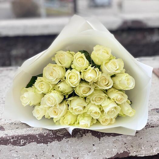 Белые розы Кения 25шт