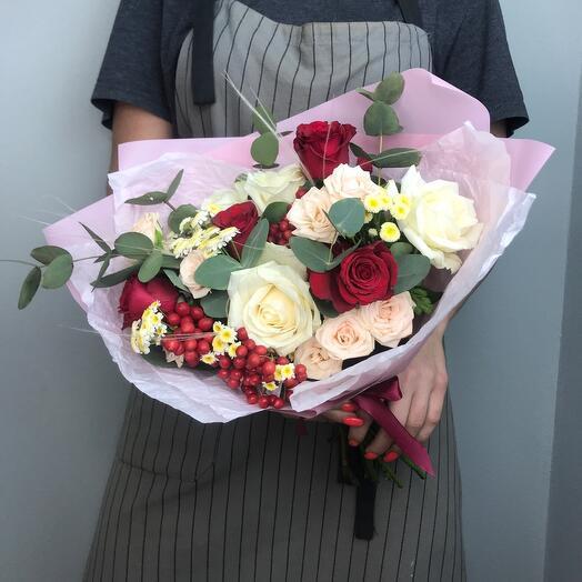 Букет из цветов « Комплимент»