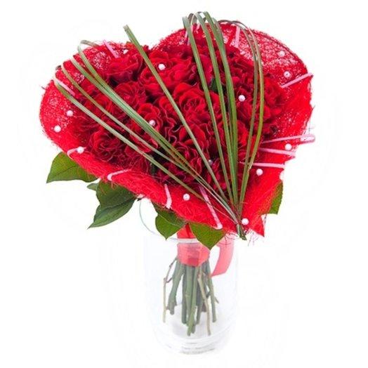 Букет из красных роз Амур: букеты цветов на заказ Flowwow