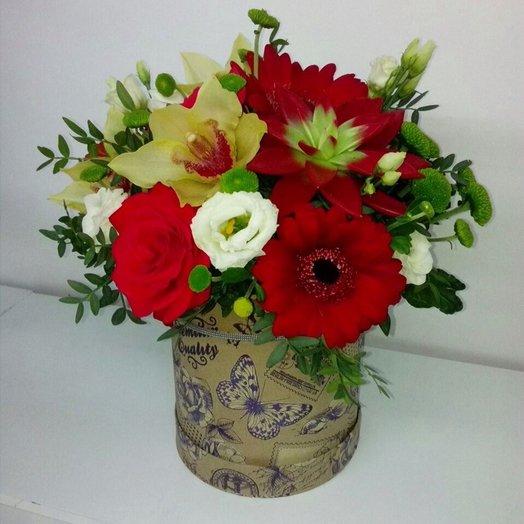 Шарм в шляпной коробке: букеты цветов на заказ Flowwow